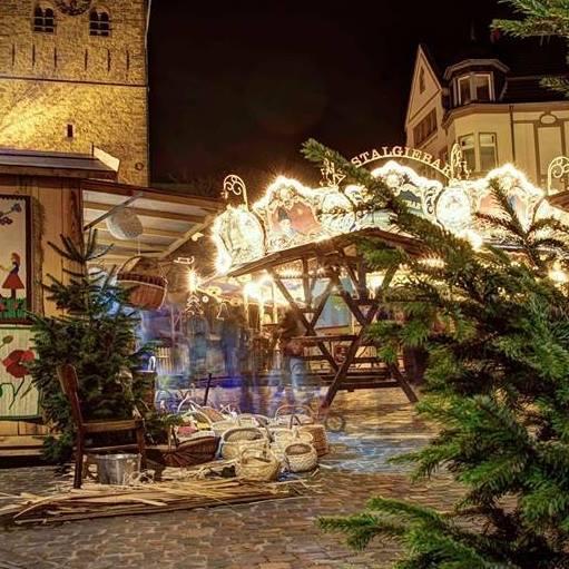 Weihnachtsmarkt Recklinghausen.Die Nostalgiebar Clowns Helden Auf Dem Weihnachtsmarkt