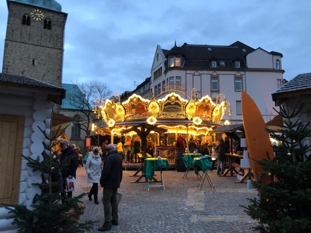 Weihnachtsmarkt Recklinghausen.Nostalgiebar Clowns Helden Auf Dem Weihnachtsmarkt 2018 In